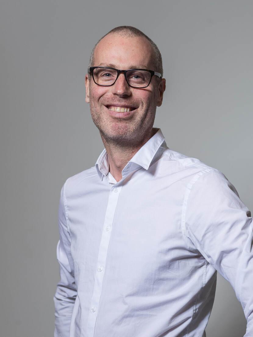 Dr. R. (Remko) van Lutterveld